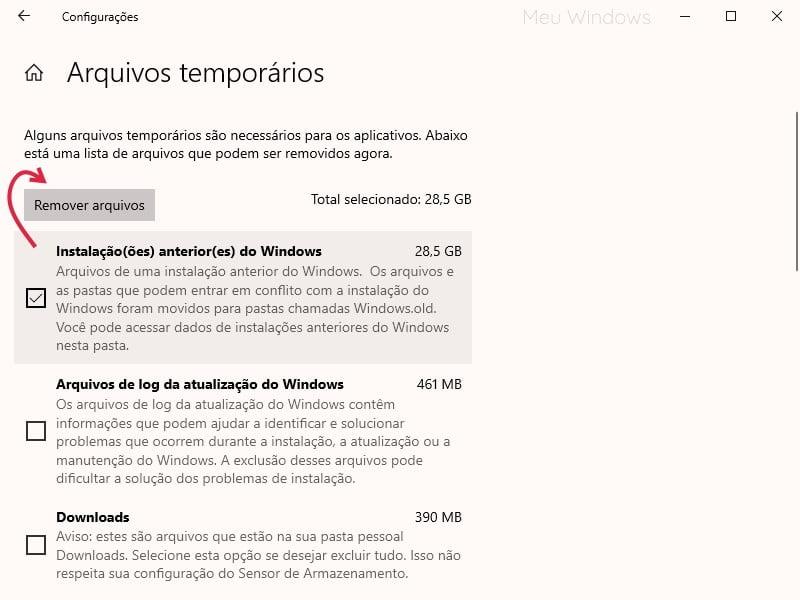 Imagem marcando a opção Instalação anterior do Windows e clicando no botão Remover arquivos
