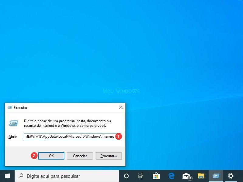 Abra o Executar e digite o seguinte caminho para excluir todos os temas do Windows 10.